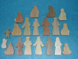 19 Multi-Wood Figures