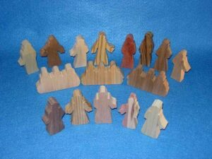 16 Multi-Wood Figures