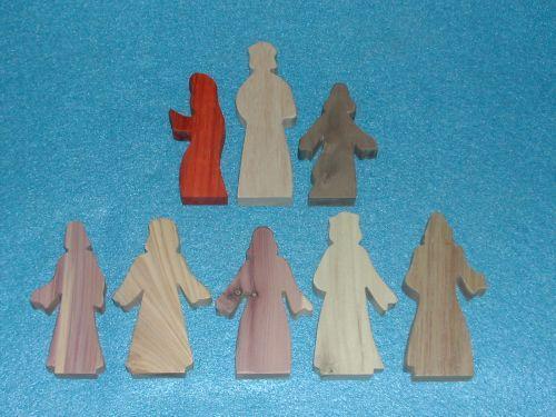 8 Multi-Wood Figures