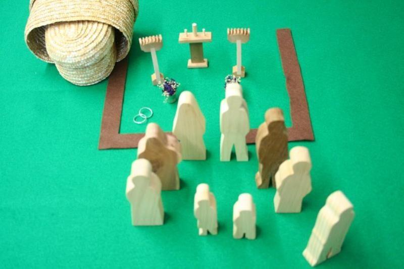 Wooden Holy Matrimony Sunday School Lesson