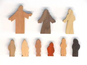 9 Multi-Wood Figures
