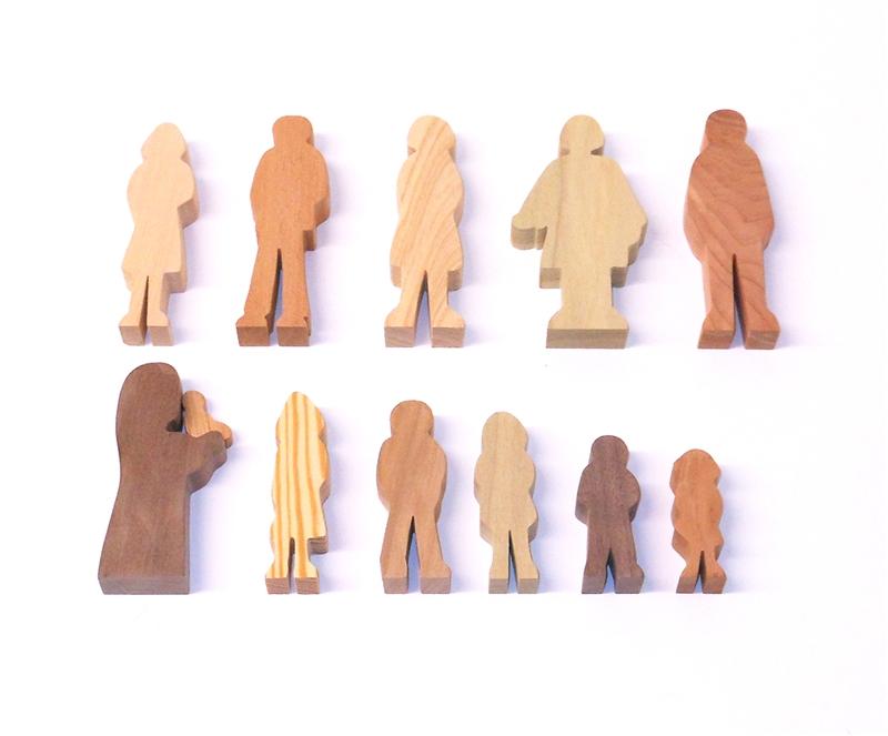 12 Multi-Wood Figures