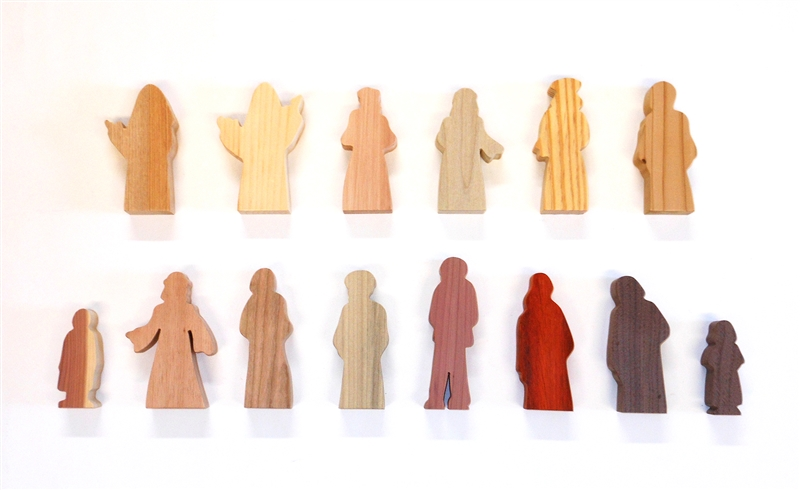 14 Multi-Wood Figures